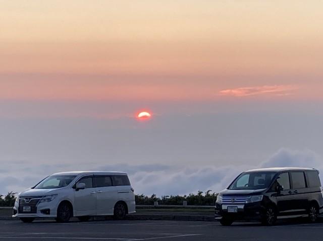鉾立て登山口から日本海に沈む夕日